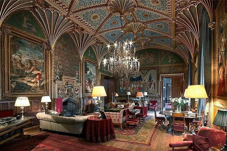 Романский интерьер гостиной