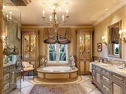 Ванная в стиле Ренессанс